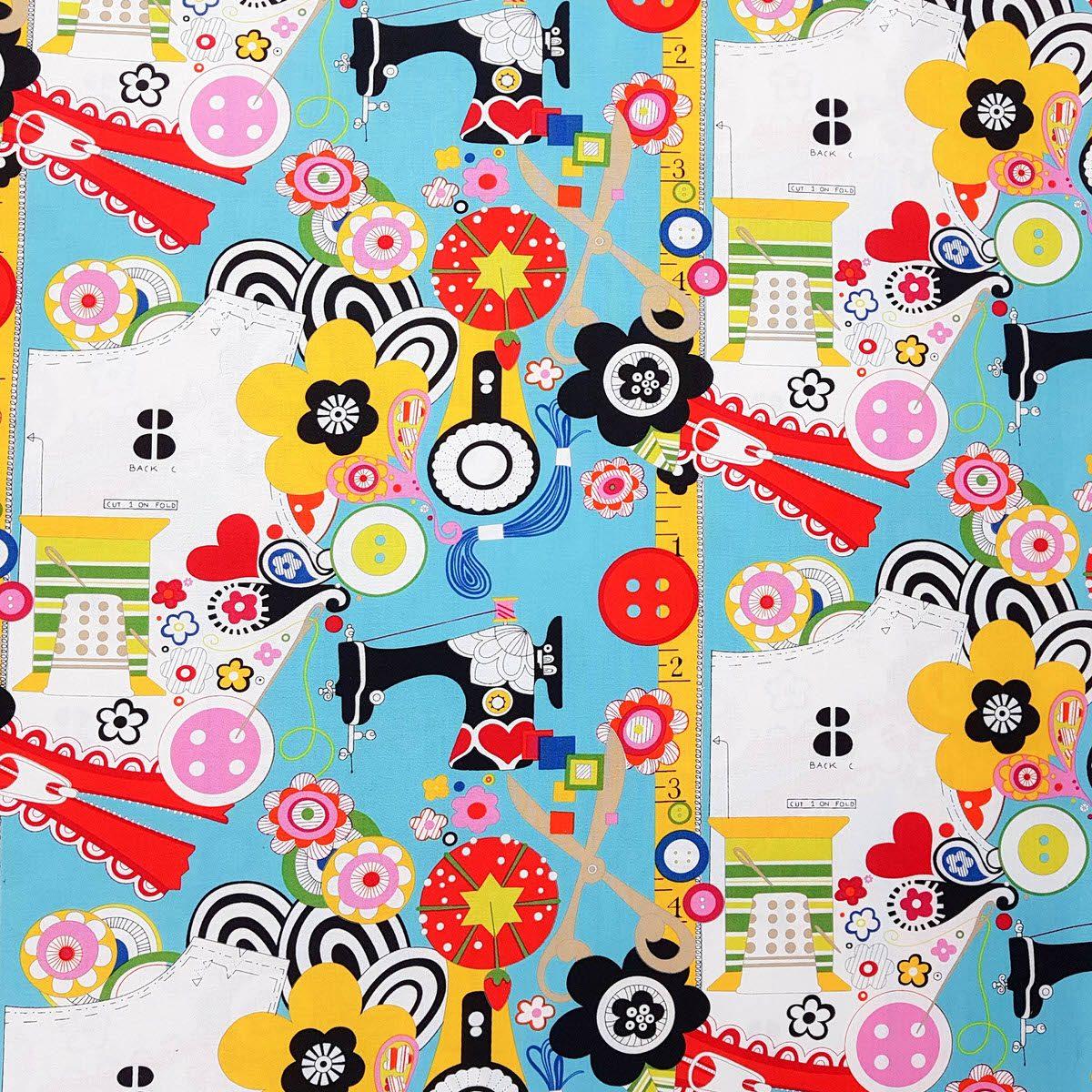 Tela de flores y máquinas de coser
