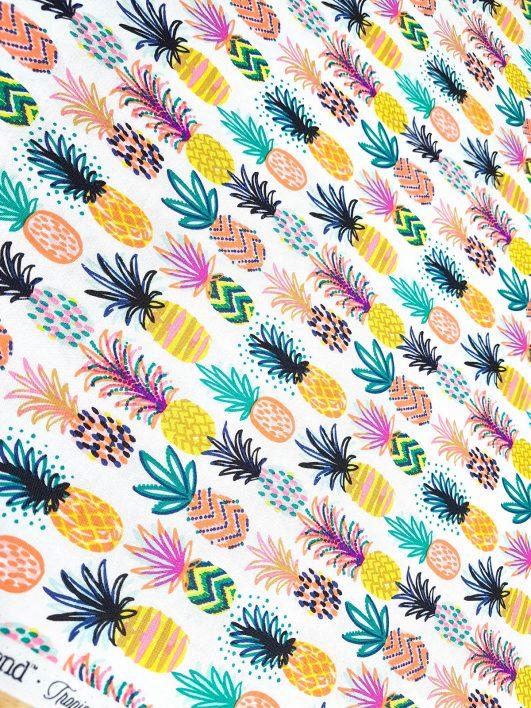 Estampados tropicales de piñas