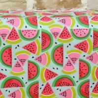 Tela de Piñas de Melones de Fabrics
