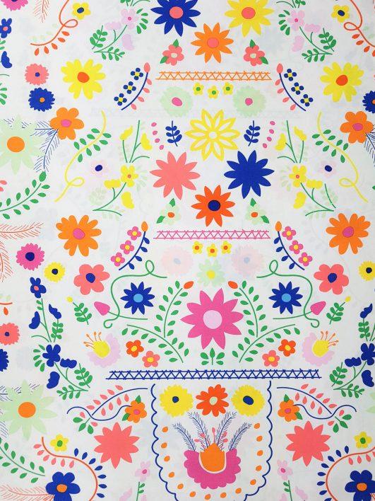 Tela mexicana de flores
