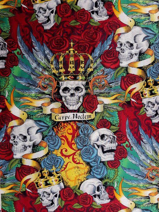 """Tela con estampado de calaveras con corona y rosas """"Royal"""""""