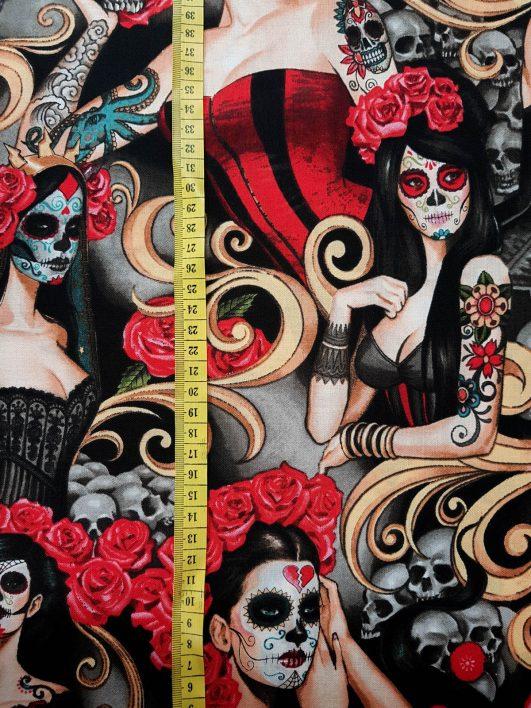 "Tela ""Las Elegantes"" de Alexander Henry Fabrics"