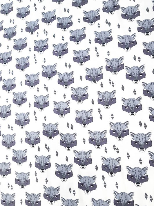 Tela estampada de mapaches