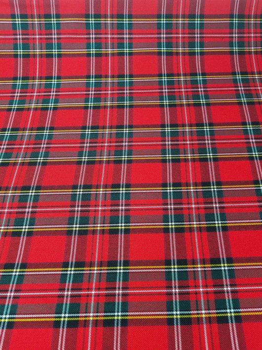 Tela de cuadros escoceses en rojo