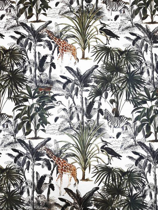 "Estampado de jirafas en la selva de estilo ""wild jungle"". Tejido half panamá"