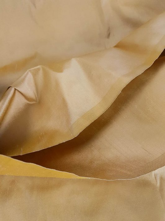 seda natural color dorado