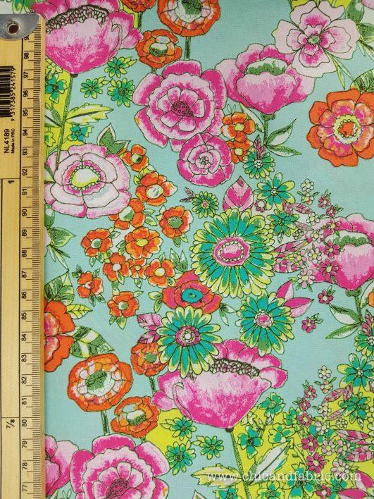 Tissu à fleurs multicolores