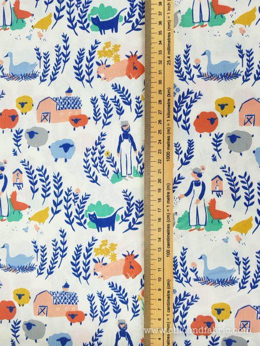 Popelín ecológico con estampado de la granja diseño de Birch Fabrics