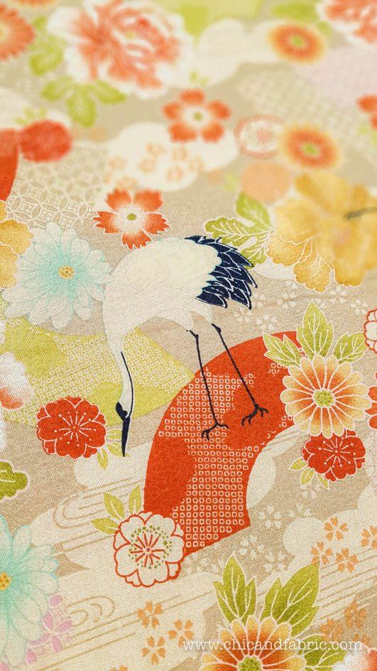 Tela japonesa de grullas y flores estampado en crêpe