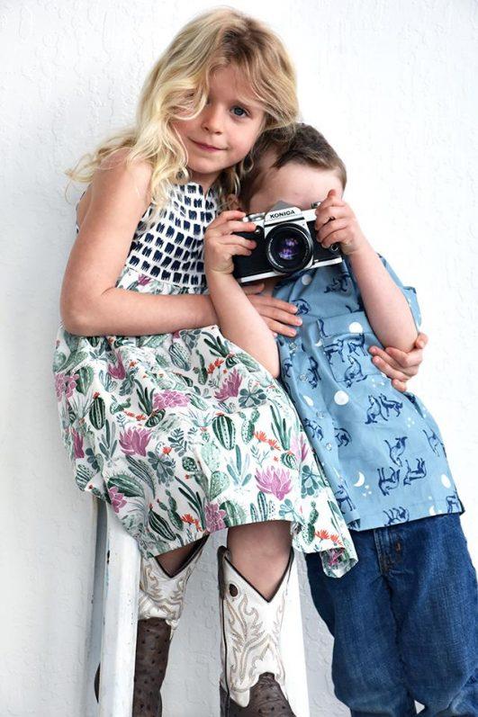 Vestido de niña con tela estampada orgánico de Monaluna