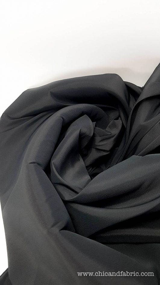 Tela de forro negro