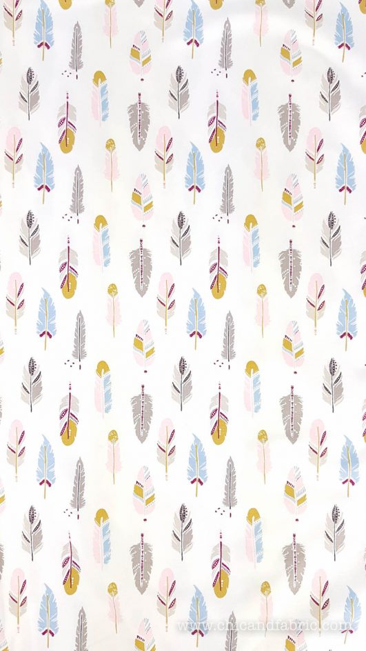 punto de camiseta estampado de plumas infantil