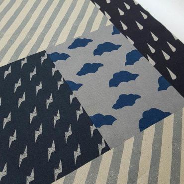 Loneta de lino y algodón de estampado desigual en grises y color natural